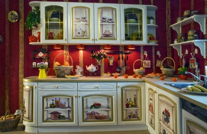 A decoupage retro stílusú stílusú konyha díszítésére szolgál. Az így kapott  mintát fényes vagy matt fény borítja. tiszta lakkhogy megóvja a papír  alapját a ... fed566db25